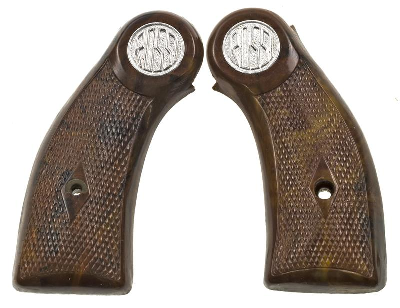 Grips, Unweighted, Brown Plastic w/ Rossi Logo